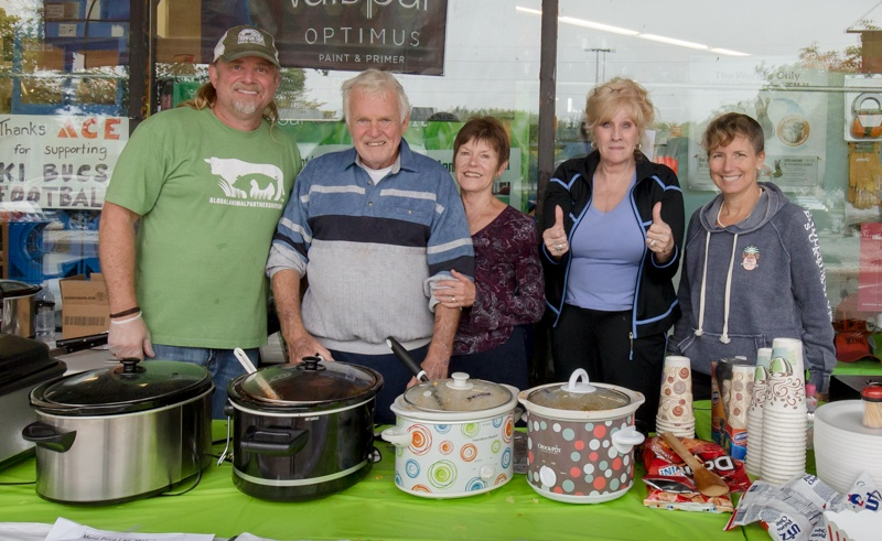 Wellshire Donates to Animal Resource Foundation Fundraiser